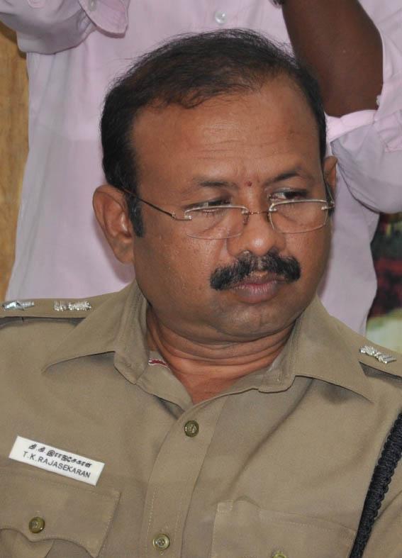 கரூர் மாவட்ட எஸ்.பி ராஜசேகரன்
