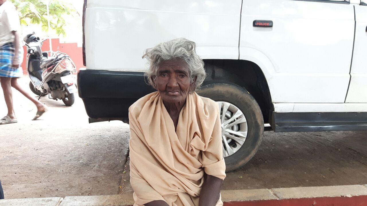 மூதாட்டி பார்வதி