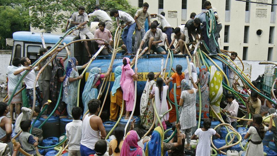 லாரி விநியோகம்