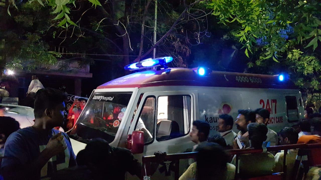 காவேரி மருத்துவமனை ஆம்புலன்ஸ்
