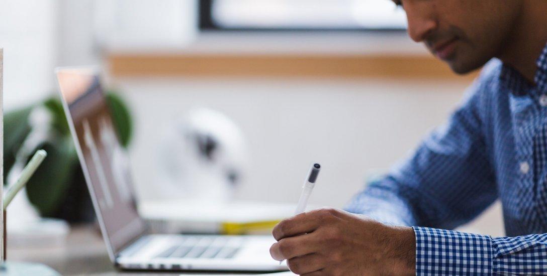 சிவில் சர்வீஸஸ் தேர்வு எழுத பயிற்சி வகுப்பு அவசியமா? சில கேள்விகள்... தீர்வுகள்! #FAQ