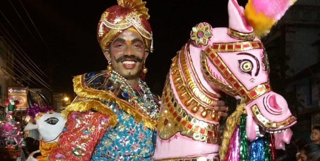 ``கிராமியக் கலைதான் என்னை வாழவைக்கிறது!'' - மரக்கால் ஆட்டக் கலைஞர் கோவிந்தராஜ்