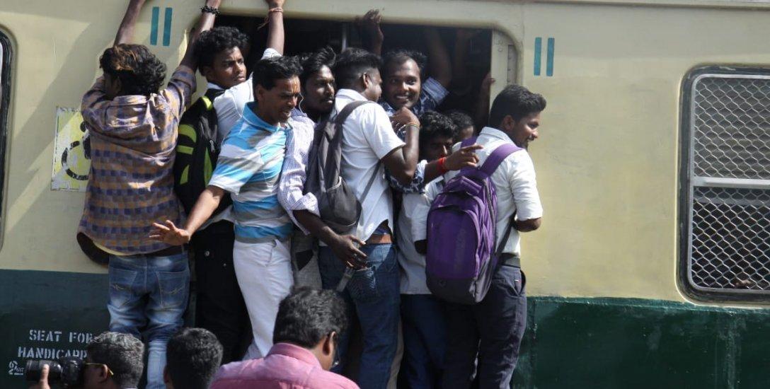 சென்னையில் 64...  தமிழகத்தில் 1500... தொடரும் தொடர்வண்டி விபத்து மரணங்கள்! #VikatanInfographics