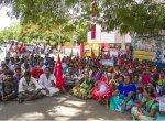 `நாங்க எங்கப் போவோம்..!' - கதறும் கூலித்தொழிலாளர்களின் குடும்பங்கள்