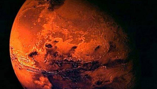 `செவ்வாய்க் கிரகத்தில் 1.5 கிலோ மீட்டர் ஆழத்தில் ஏரிப் படலம்..!' - தண்ணீர் இருப்பதற்கான வாய்ப்பு