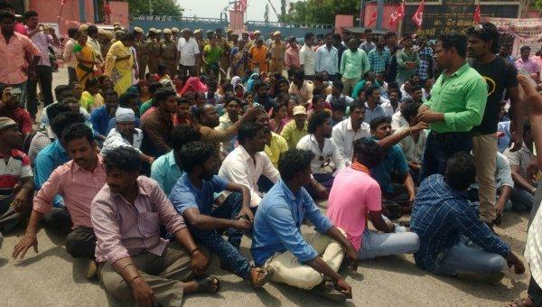 வட சென்னை அனல்மின் நிலைய ஒப்பந்தத் தொழிலாளர்கள் 3,000 பேர் போராட்டம்!