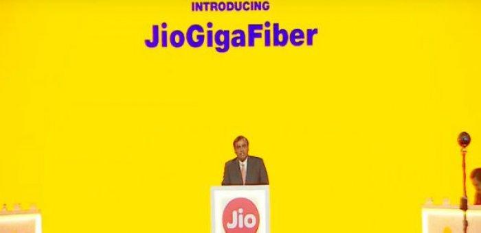 1 ஜிபி வேக ஜியோ ஜிகா பைபர், 4K செட்-டாப் பாக்ஸ், ஜியோ 2 மொபைல்..!