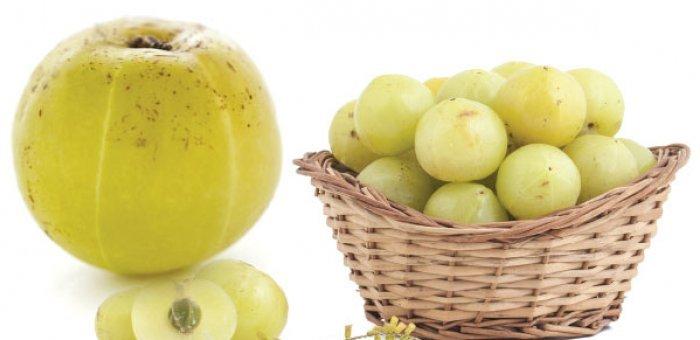 Advantages & Disadvantages of Amla Juice