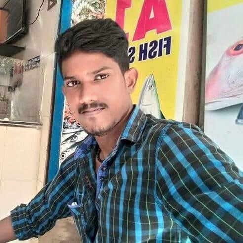 பட்டதாரி வாலிபர் ராதாகிருஷ்ணன்