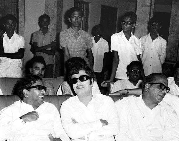 கருணாநிதி, எம்.ஜி.ஆர் - சூரிய உதயம்