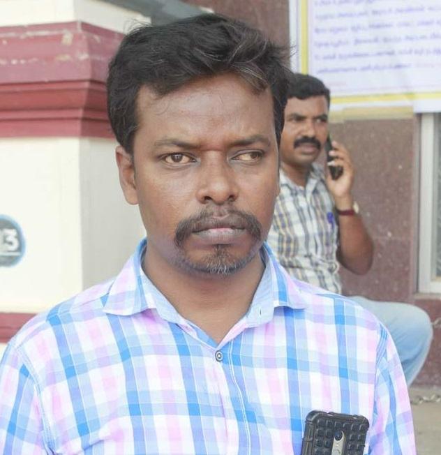 விவசாயிக்கு உதவிய சாதிக் அலி