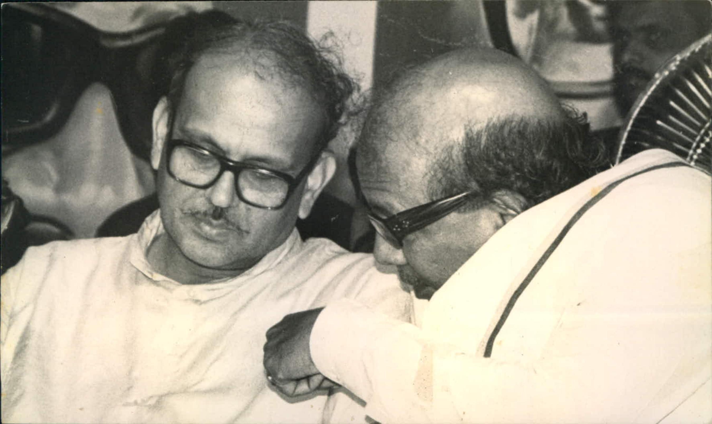 மண்டல் கமிஷன், வி.பி.சிங், கருணாநிதி