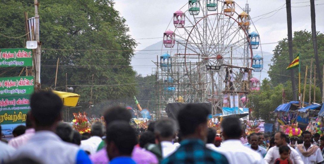களைகட்டியது பிரசித்திபெற்ற குருநாதசுவாமி கோயில் கால்நடை திருவிழா!