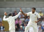 `கைகொடுத்த அஷ்வின், ஷமி' - முதல் நாள் ஆட்ட நேர முடிவில் இங்கிலாந்து அணி 285 ரன்கள் எடுத்தது
