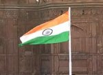 நாட்டின் 72-வது சுதந்திர தினம் -செங்கோட்டையில் தேசியக் கொடியை ஏற்றினார் பிரதமர் மோடி