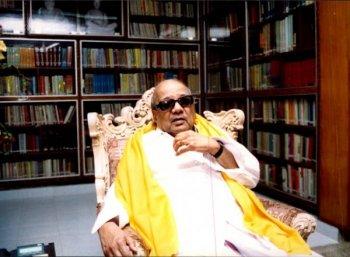 பிழை திருத்தி... சிலை நிறுத்தி... தமிழ் வளர்த்த கருணாநிதி!