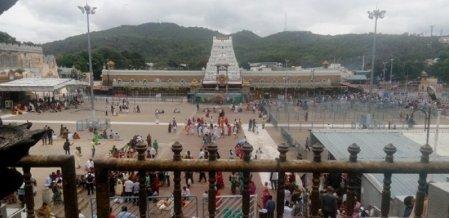 திருமலையில், திருப்பதி வேங்கடேச பெருமாள் கோயில் கொண்ட கதை! #Tirupati #Video