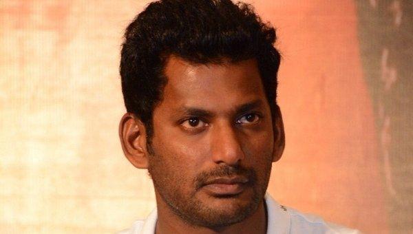 கேரளாவுக்கு நடிகர் விஷால் ரூ.10 லட்சம் நிதியுதவி!