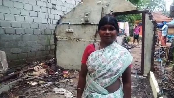 ``இருக்கான் இடமில்லா.. ஆகாரம் இல்லா.. எல்லாம் போயி..'' - கேரள மக்களின் கண்ணீர் இது!