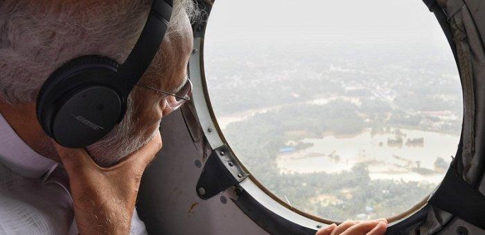 கேரளப் பேரிடரில் ஒன்றிணைந்த கட்சிகள்... துயர் துடைப்பதில் அரசியல் வேண்டாம்!