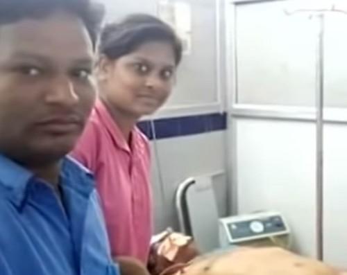 நந்தமுரி ஹரிகிருஷ்ணா உடலுடன் செல்ஃபி