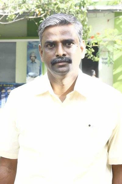 ஆசிரியர் செல்வக்கண்ணன்
