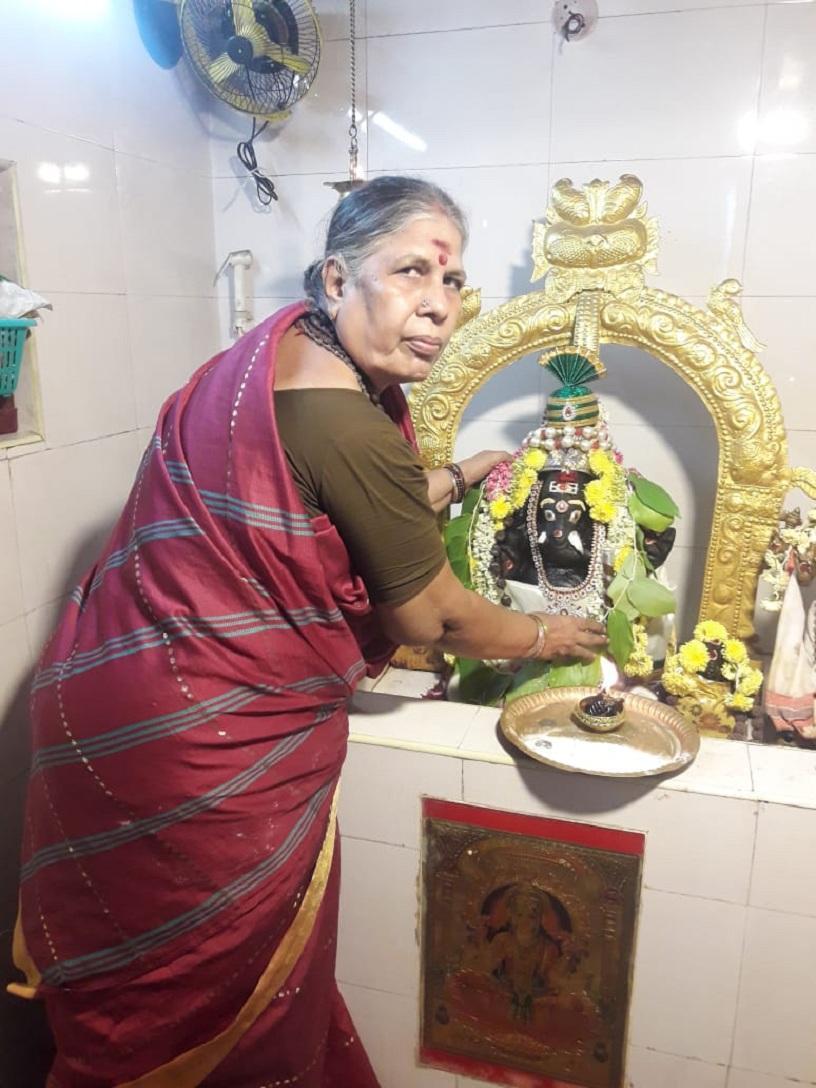 பெண் பூசாரி கிருஷ்ணவேணி