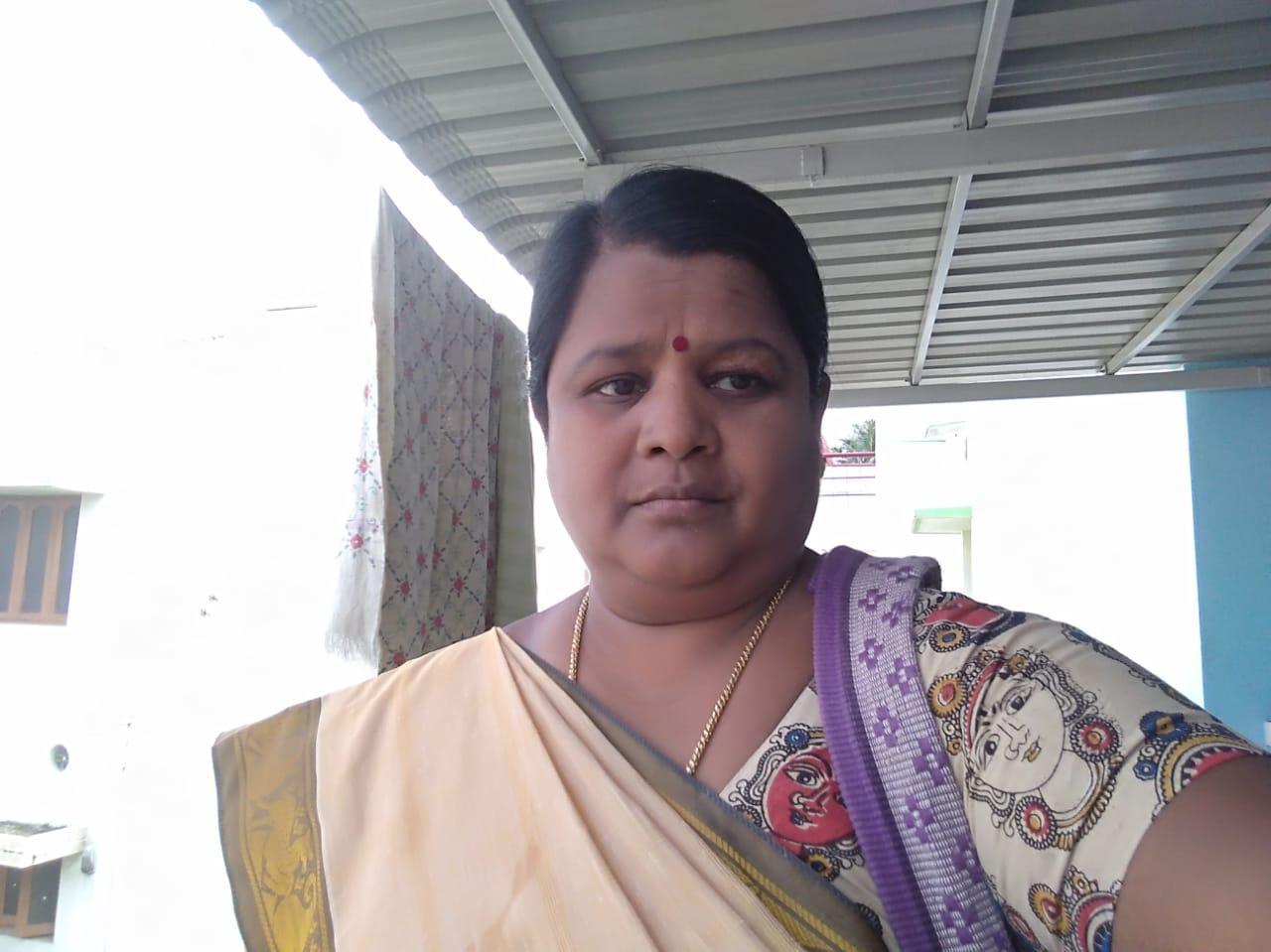 ஜனநாயக மாதர் சங்கத்தின் சேலம் மாவட்டத் தலைவர் பரமேஸ்வரி