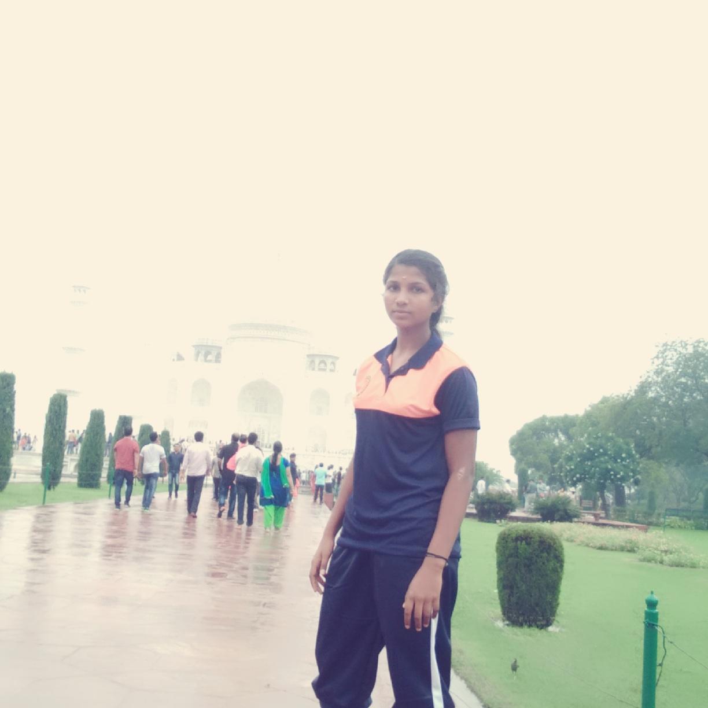 தர்ஷினி