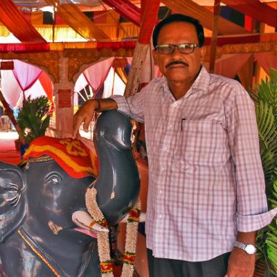 மேனேஜர் சுரேஷ்