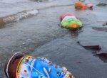 கடலில் கரையாமல் கரை ஒதுங்கிய ரசாயன விநாயகர் சிலைகள்... கண்டு கொள்ளாத அதிகாரிகள்!