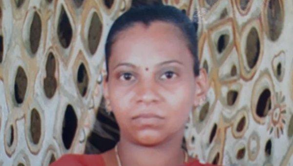 அம்மாவுக்காக கொலைசெய்த மகன் - இளம் பெண்ணுக்கு 20 இடங்களில் கத்திக்குத்து!