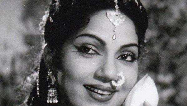 """""""பானுமதி அம்மாவுக்கு சீனியர் நடிகர்களே பயப்படுவாங்க!'' - ரோஜா #HBDBhanumathi"""