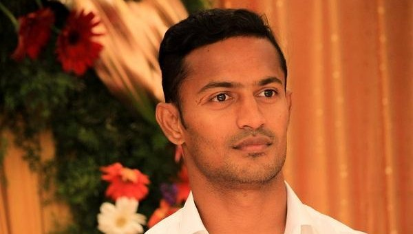 ஐ-லீக் தொடர்... ரியல் காஷ்மீர் அணியில் ராவணன்!