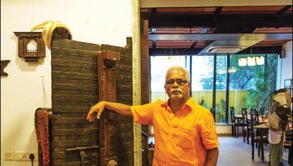 ``தன் பாலின ஈர்ப்பு கொண்டவர்கள் ஒன்றும் ரேப்பிஸ்டுகள் இல்லை!'' - சாரு நிவேதிதா
