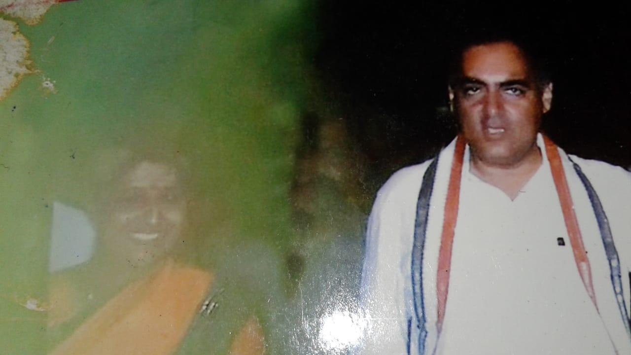 ராஜீவ் காந்தியுடன் பானு