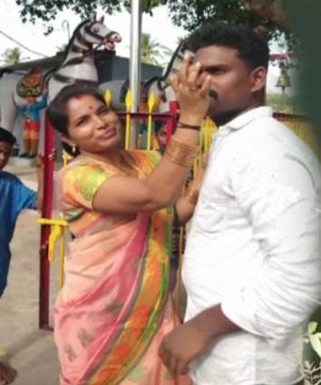 செல்லத்துரை மனைவியுடன், கழிவறை விவகாரம்