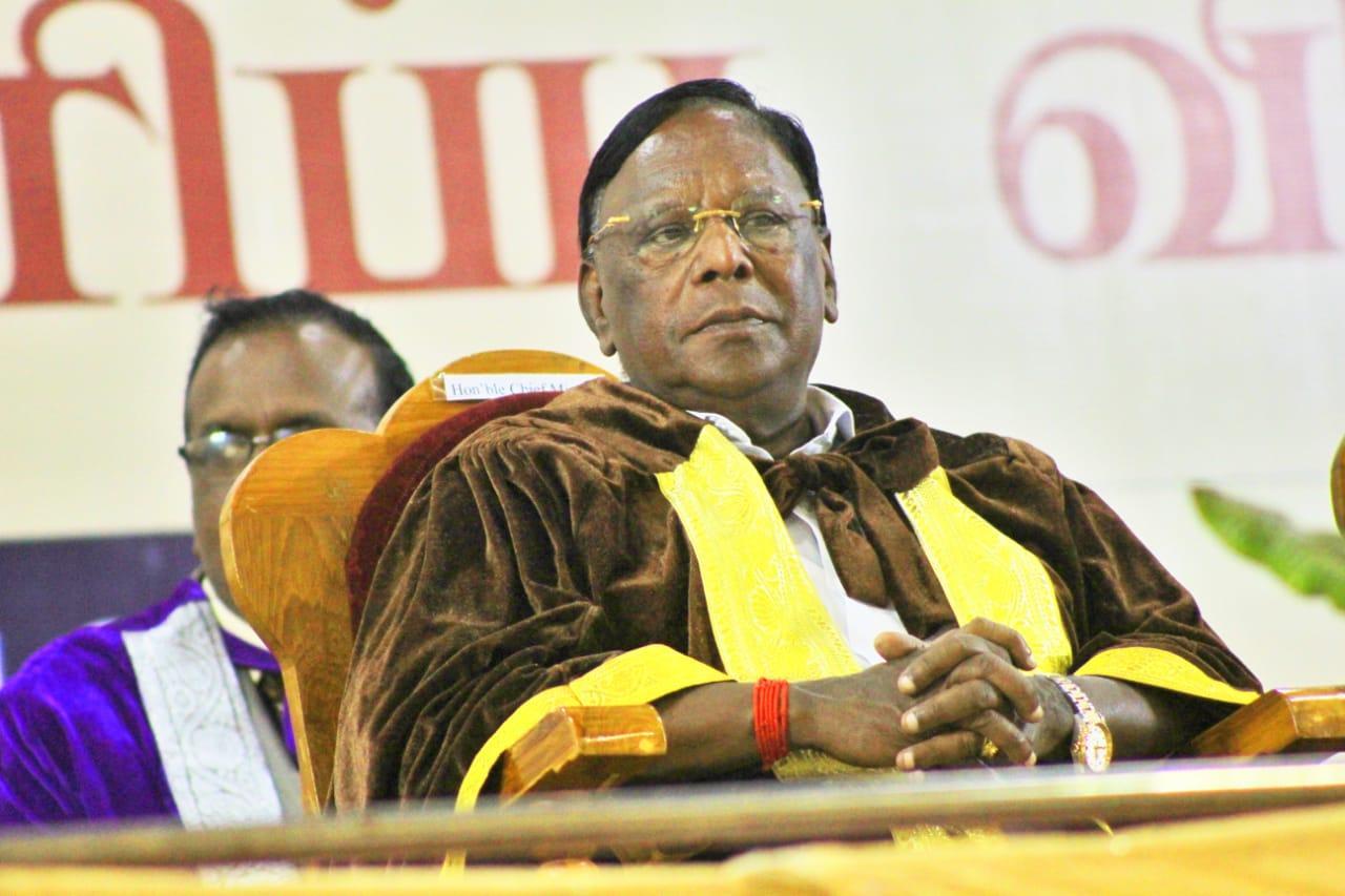 புதுச்சேரி முதல்வர் நாராயணசாமி