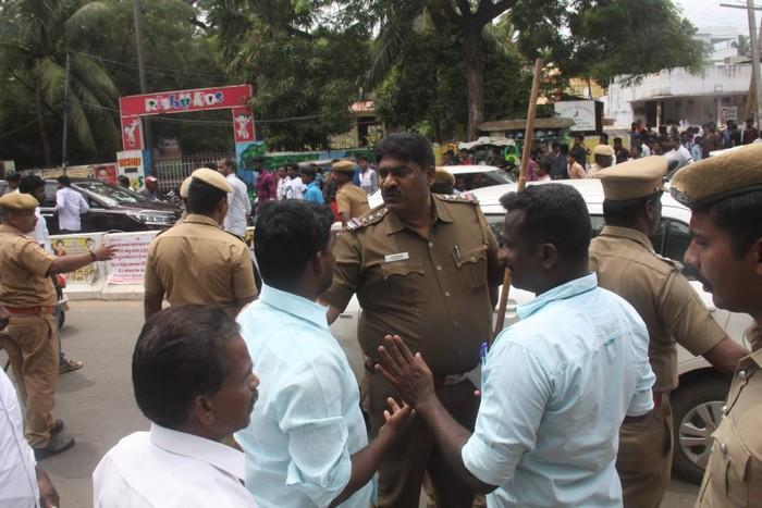 களேபரமான கூட்டுறவு சங்கத் தேர்தல் நாமினேசன்