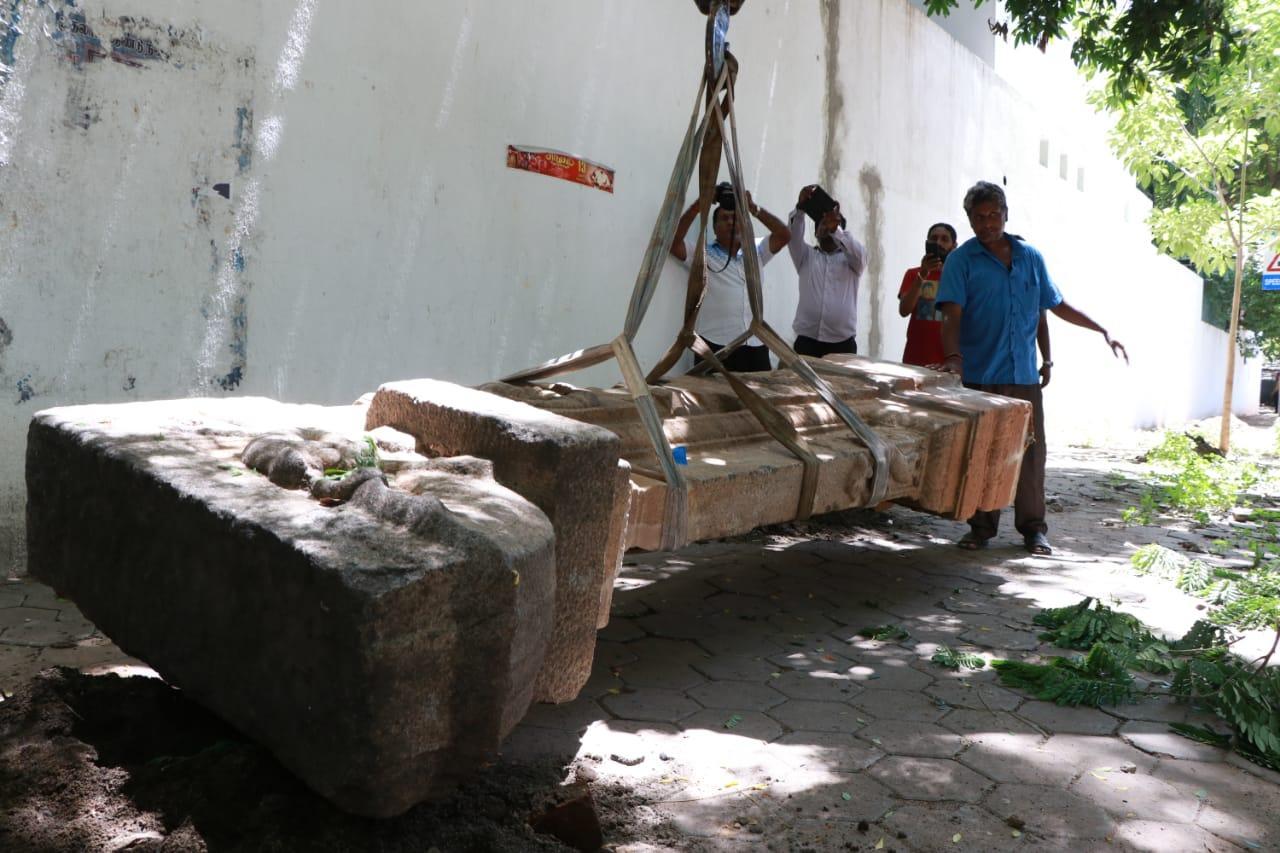 பழங்காலச் சிலை