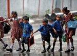 கனமழை எதிரொலி - 5 மாவட்டங்களில் பள்ளிகளுக்கு இன்று விடுமுறை