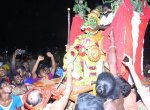 குலசை தசராவில் மகிஷாசூர வதம்...! லட்சக்கணக்கான பக்தர்கள் தரிசனம்