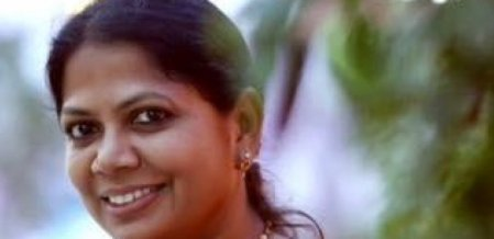 ``ரெஹானா பாத்திமாவின் பின்னணியில் யார் இருக்கிறார்கள்?'' - கவிஞர் சல்மா கேள்வி