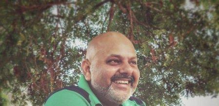 `அவர் ஒரு ஜென்டில்மேன்' - அர்ஜூன் மீதான #Metoo புகாரை மறுத்த இயக்குநர்