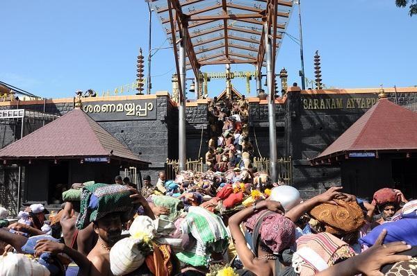 சபரிமலை பக்தர்