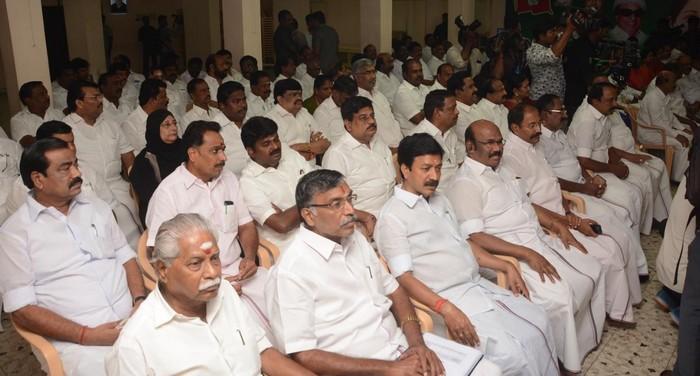 தேர்தல் பொறுப்பாளர்கள் கூட்டம்