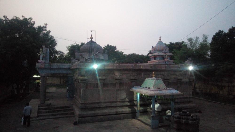 எசாலம் ஈஸ்வரர் கோயில்