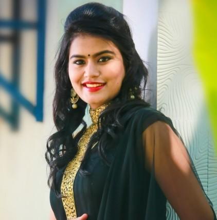 நடிகை ரியாமிகா