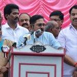 `எதிரிகளாக இருந்தாலும் ஆட்சியாளர்களுக்கு பாராட்டுகள்!' - வேலூரில் தினகரன் பேச்சு #GajaCyclone