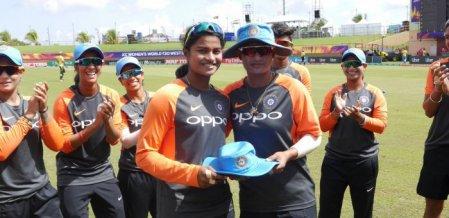 அறிமுக போட்டியில் கலக்கிய `சென்னை பொண்ணு'! - டி20 போட்டியில் இந்தியா வெற்றி #NZvIND #WT20
